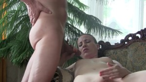 Bj Queen Sylvia Chrystall in the living room. Pornstar Home Video HD.