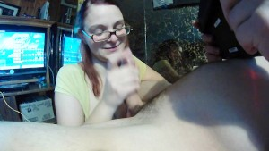 Giving blowjob while my man tries to play mario