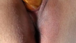 Using The Gold Toy Up Close