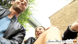 Teen bailey blue s amateur casting with james deen