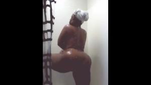 BBW ratchet shower twerk