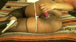 Queen Diva s hot wet pussy....Come see me in deep in my hot pussy..