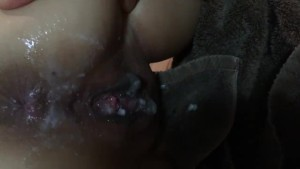 petite asian pushes out cum after getting creamed