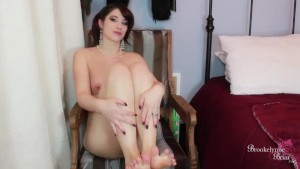 Beautiful Babe Shows Off Her Feet, Sucks Her Toes, and Fingers Her Pussy