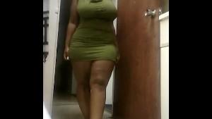 Sexy Ebony bbw jiggling in short dress
